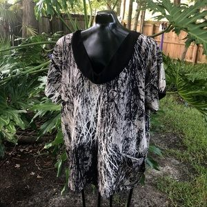 Kenzie Black and White Abstract Tree Print Blouse